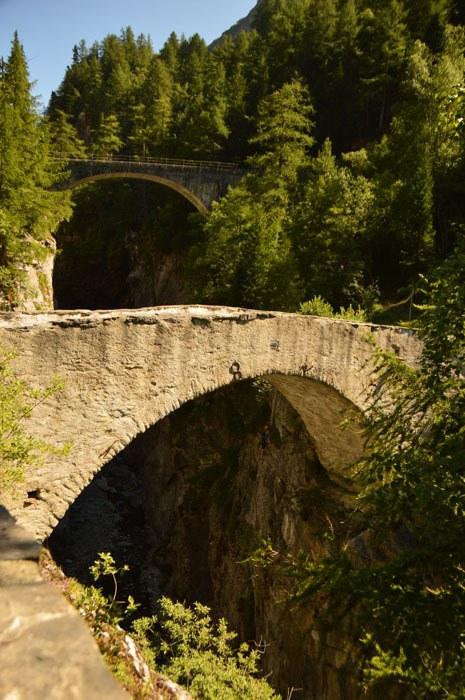 switzerland_verbier_mauvoisin-gorge-bridges