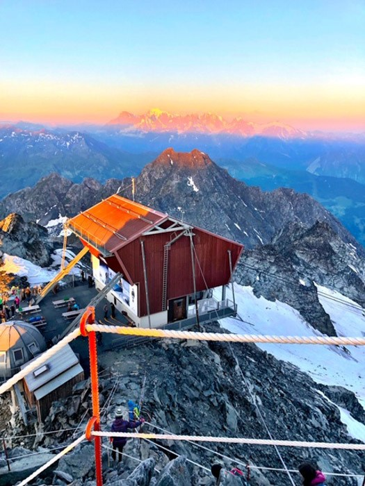 switzerland_verbier_mont-fort-sunrise-hut