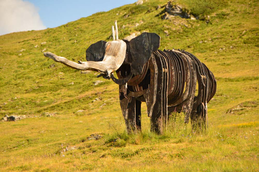 switzerland_verbier_sculpture-park-elephant
