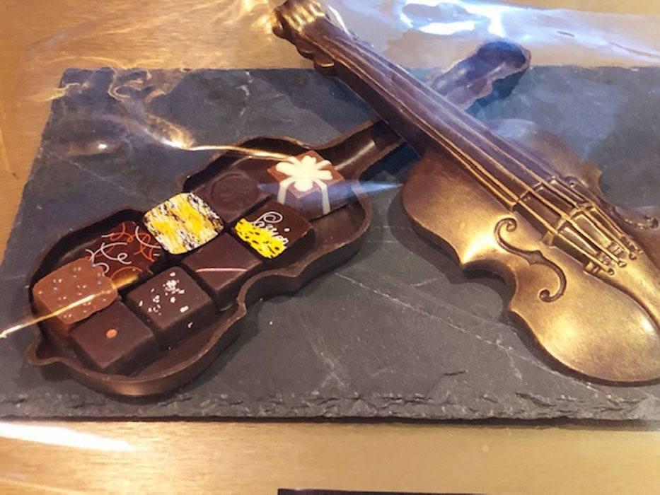 switzerland_verbier_violin-chocolates