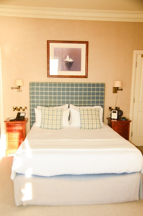 england_cornwall_mullion-cove-bedroom