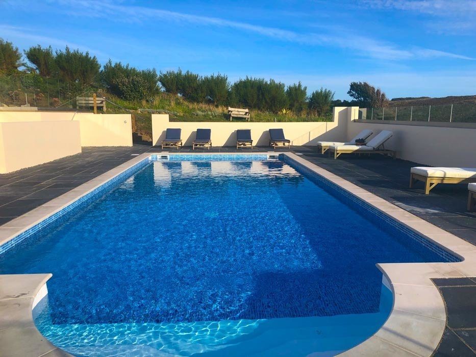 england_cornwall_mullion-cove-hotel-pool