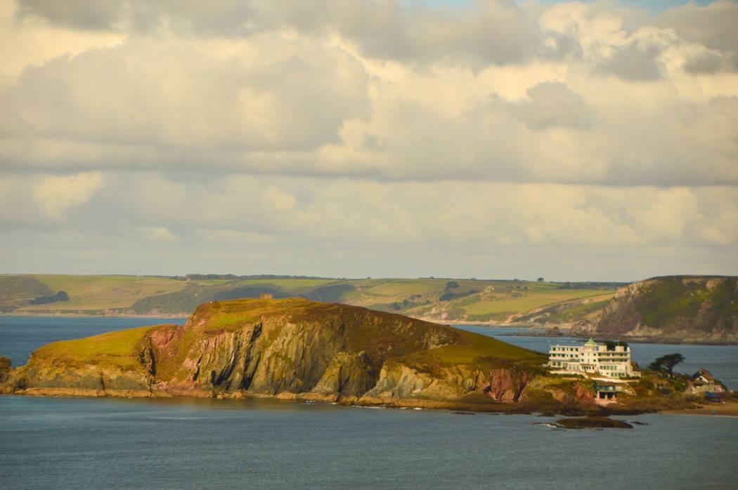 england_devon_south-west-coastal-path-bear-island