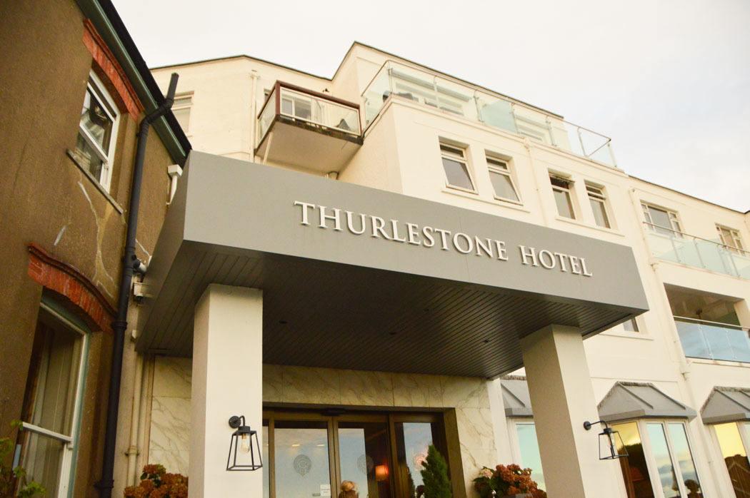 england_devon_thurlestone-hotel-entran