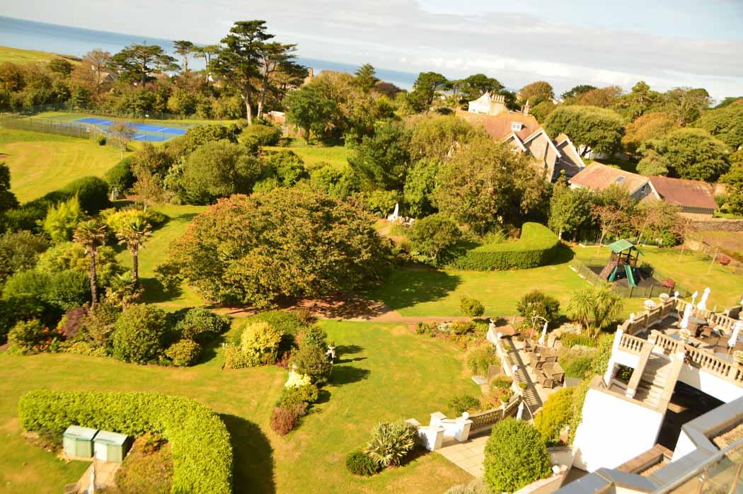 england_devon_thurlestone-hotel-grounds