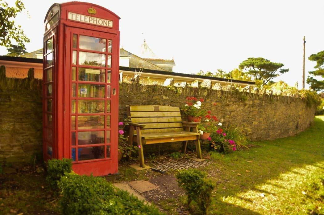 england_devon_thurlestone-telephone-library