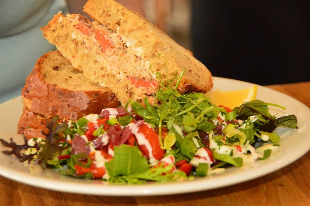 england_salcombe_crab-sandwich