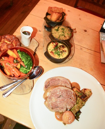 england_winchester_wykeham-arms-lamb-roast