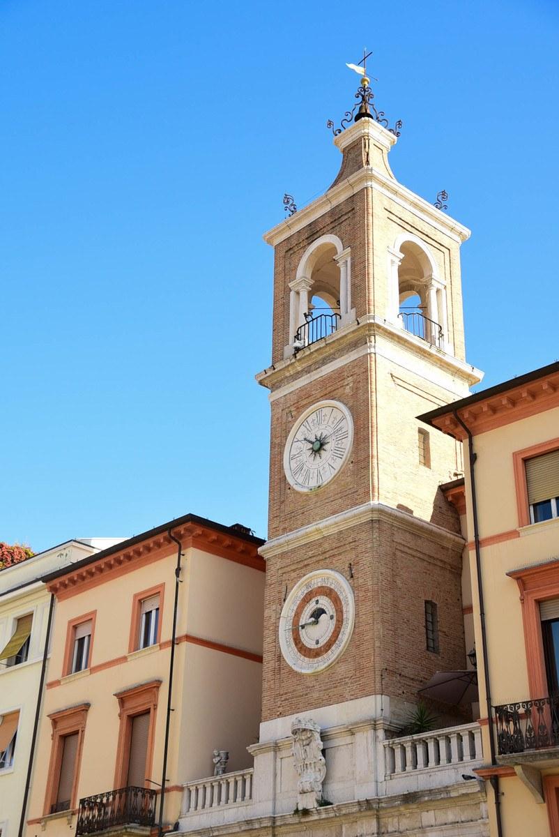 Italy_Rimini_clock-tower