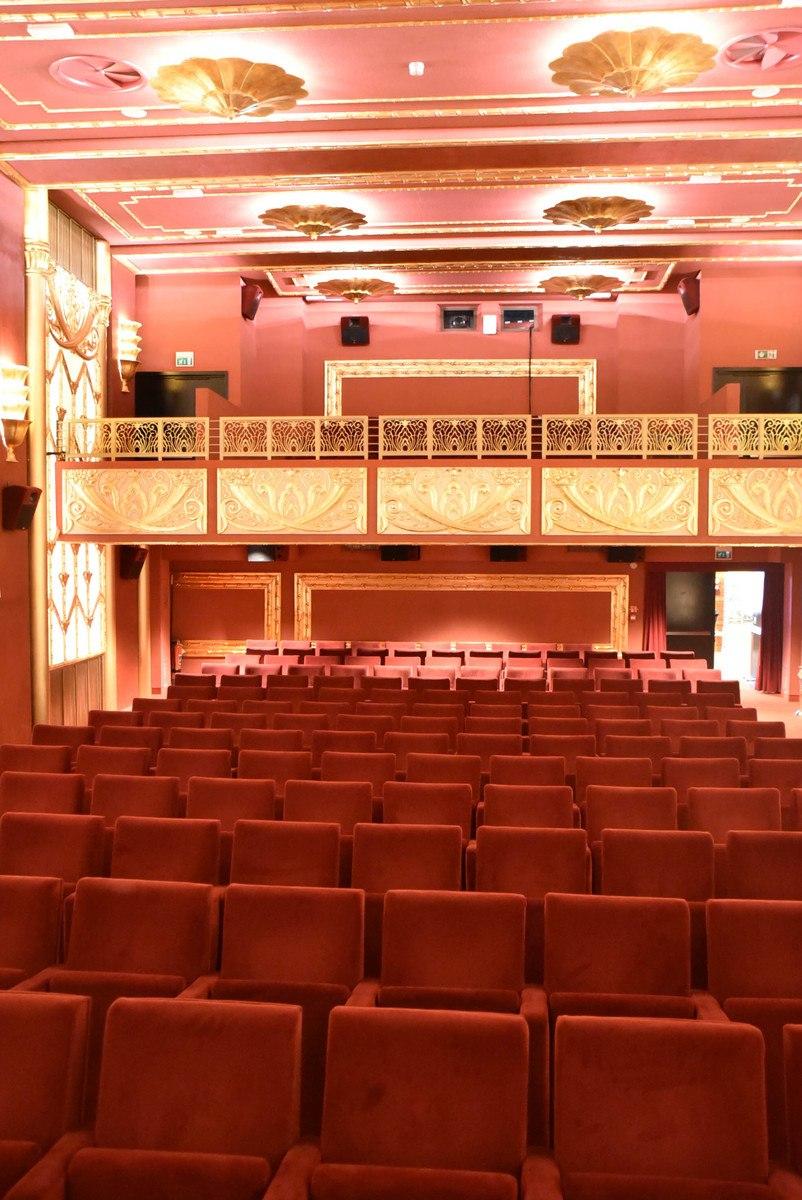 Italy_Rimini_fellini-theatre-seats