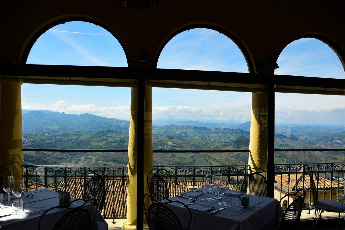 Italy_san_marino_la-terrassa
