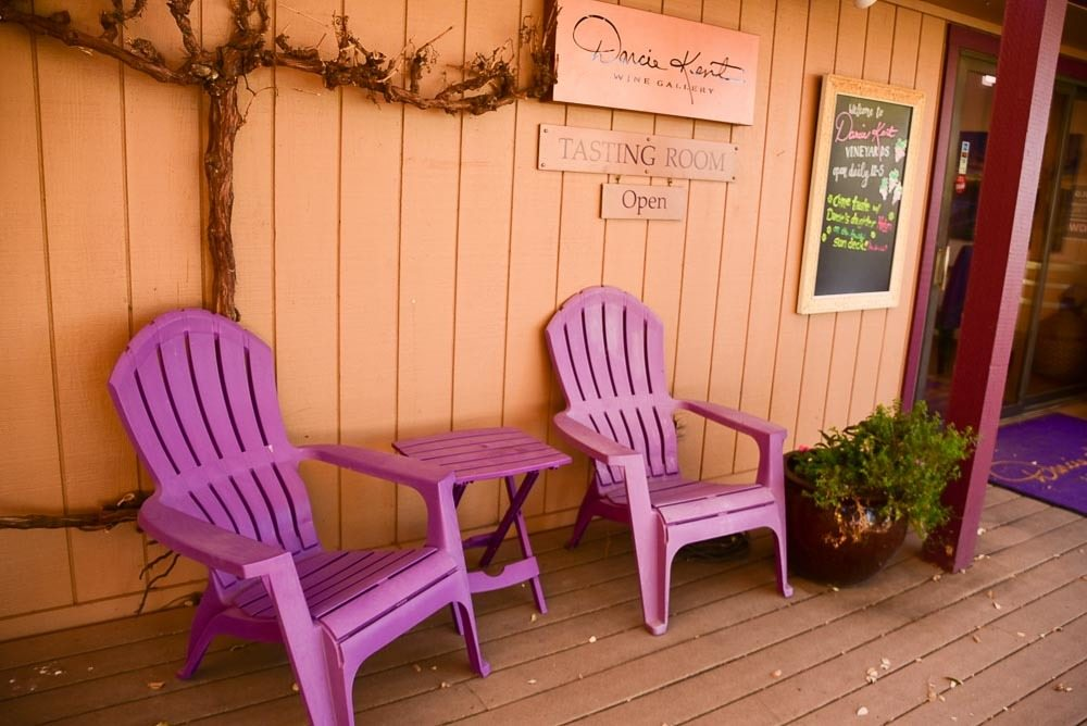 california_livermore_darcie-kent-winery-chairs-at