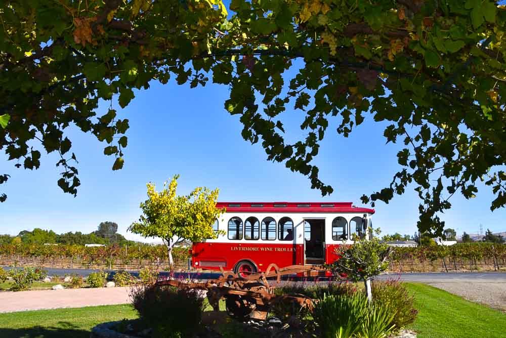 california_livermore_livermore-wine-trolley-2