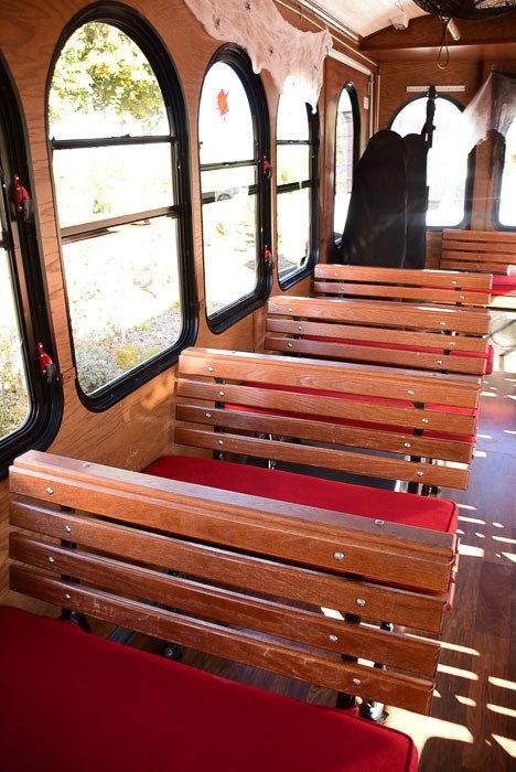 california_livermore_livermore-wine-trolley-inside
