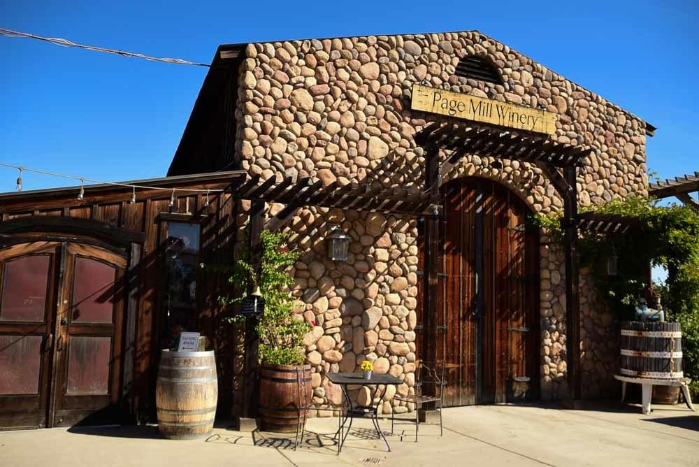 california_livermore_page-mill-winery-entrance