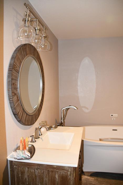 california_livermore_purple-orchid-bathroom