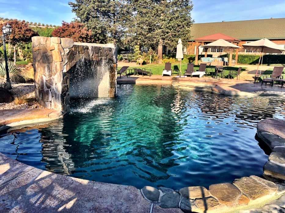 california_livermore_purple-orchid-hotel-pool