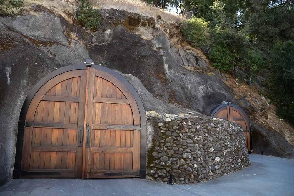 california_livermore_wente-vineyard-wine-cave-entr