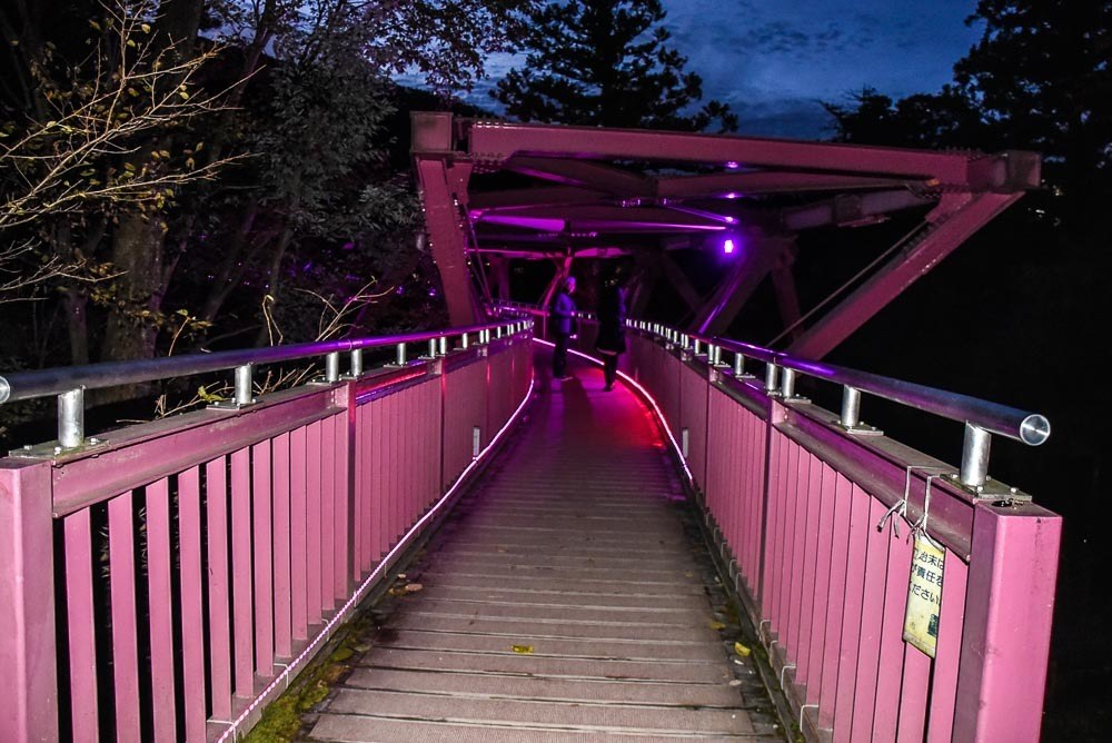 japan_kaga_korogiro-bridge-at-night