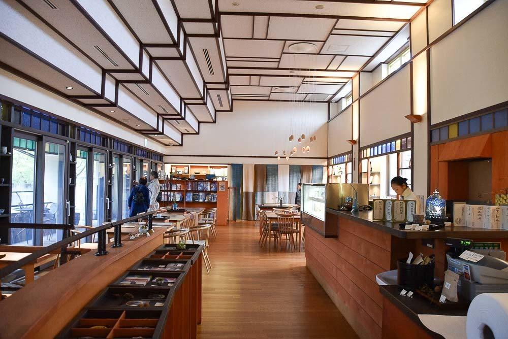 japan_kaga_kutani-museum-cafe