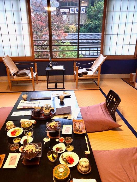 japan_kaga_ryokan-breakfast