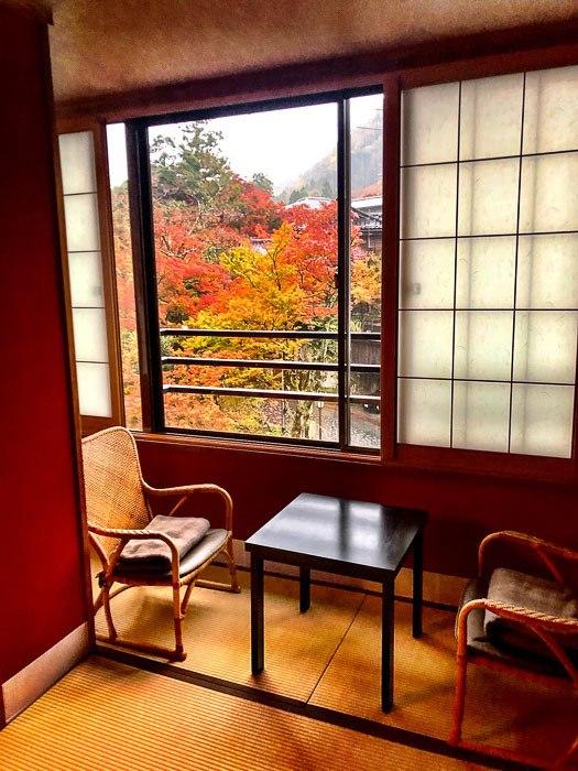 japan_kaga_ryokan-room-view