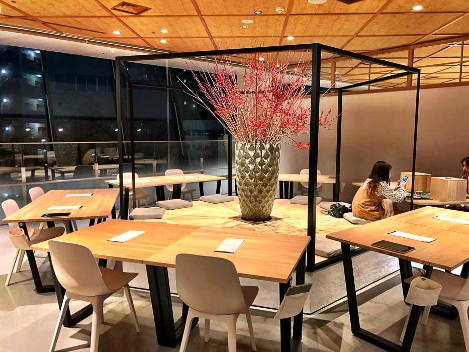 japan_kanazawa_COL-restaurant-inside