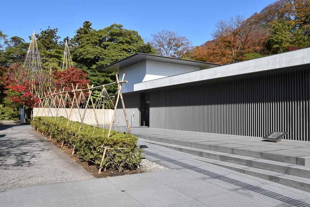 japan_kanazawa_dt-suzuki-entrance