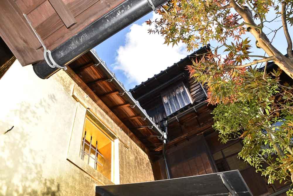 japan_kanazawa_gold-house