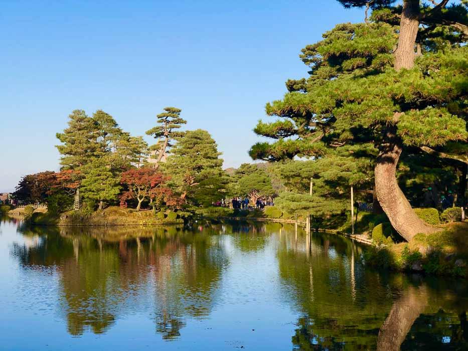 japan_kanazawa_kenrouken-lake