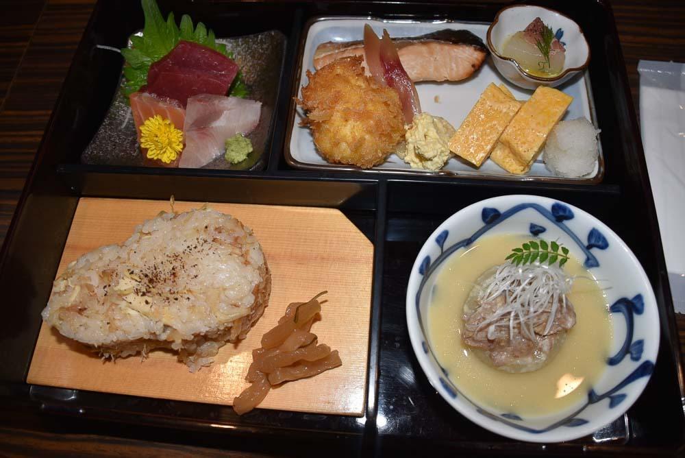 Japan_Tokyo_Kakurebo Minami Aoyama-lunch