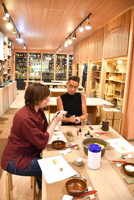 Japan_Tokyo_saideigama-pottery-studio-artist-making-craft