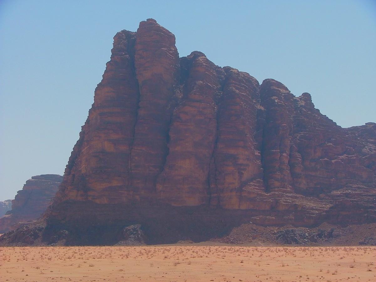 Jordan-Wadi-Rum-lawrence's-7-pillars