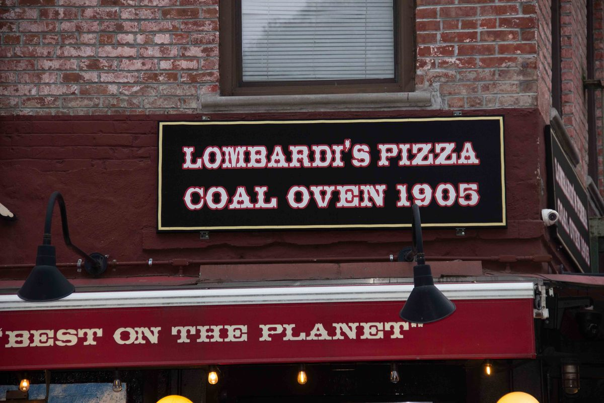 new_york_lower_manhattan_lombardi-pizza-sign