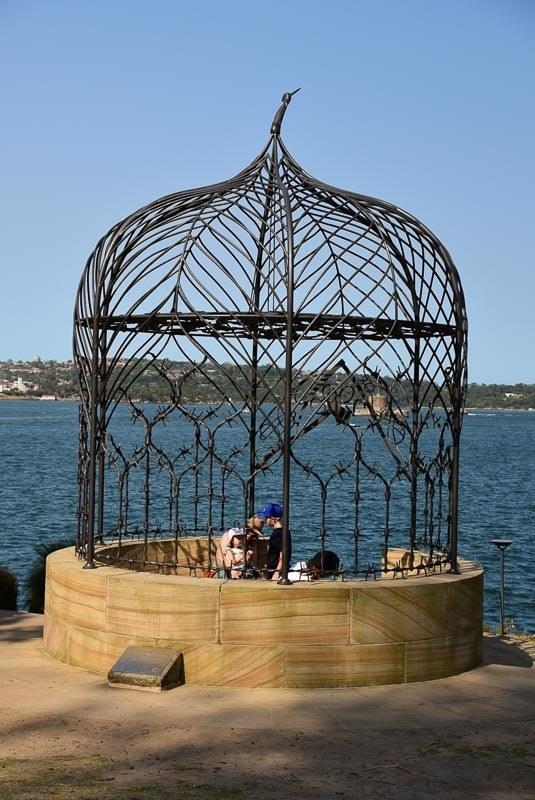 Australia_sydney_botanic-garden-sculpture