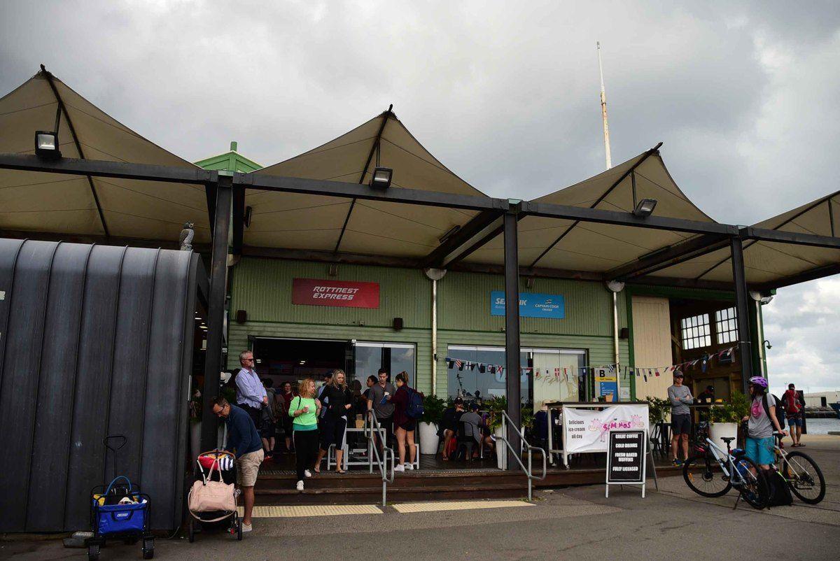 Perth_rottnest_island_b-shed-snack-stalls