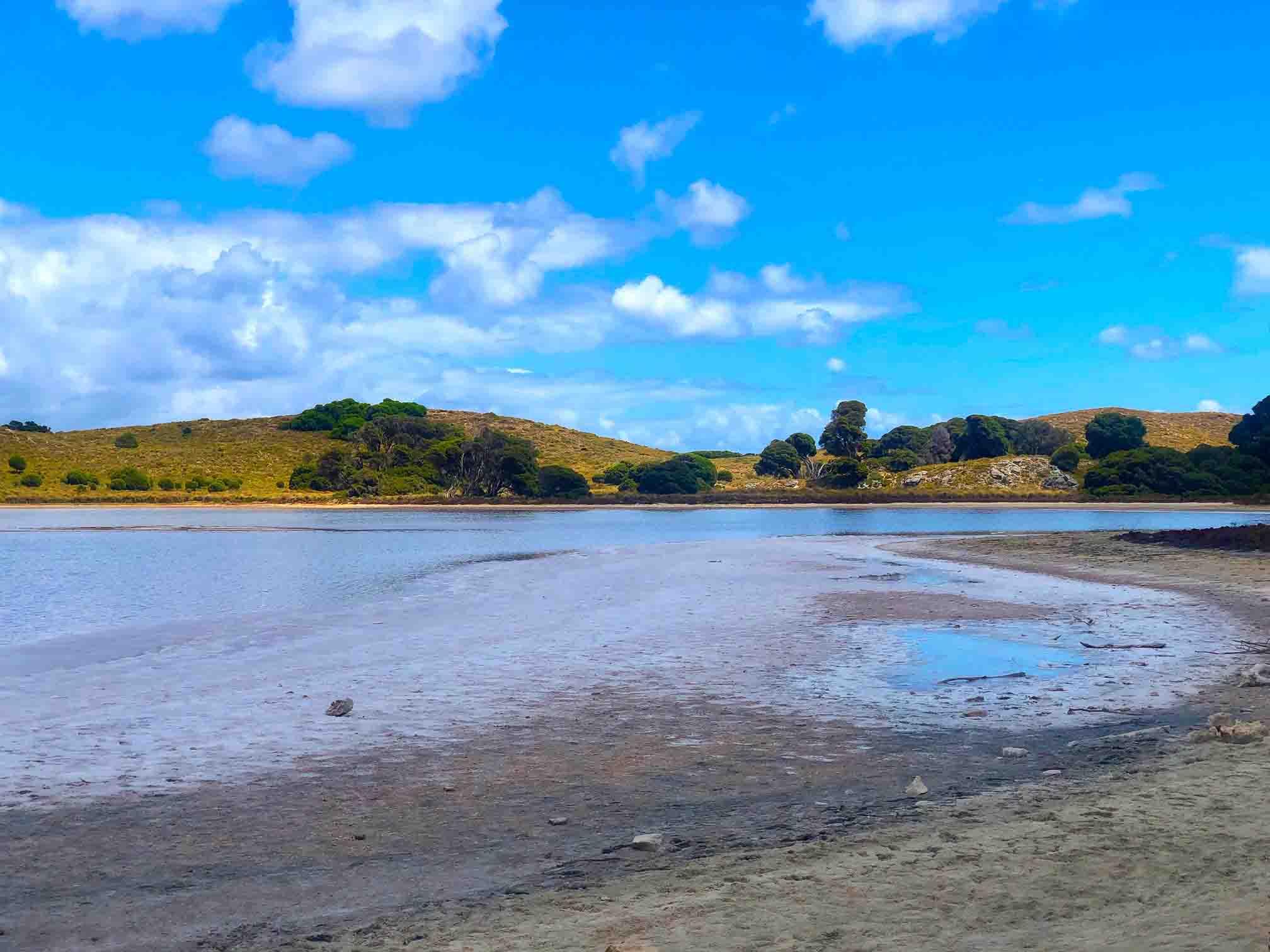 Perth_rottnest_island_pink-lake-5
