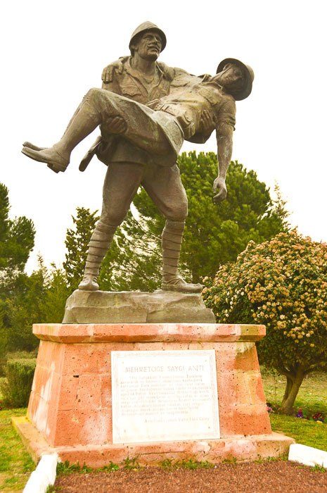 turkey_gallipoli_statue