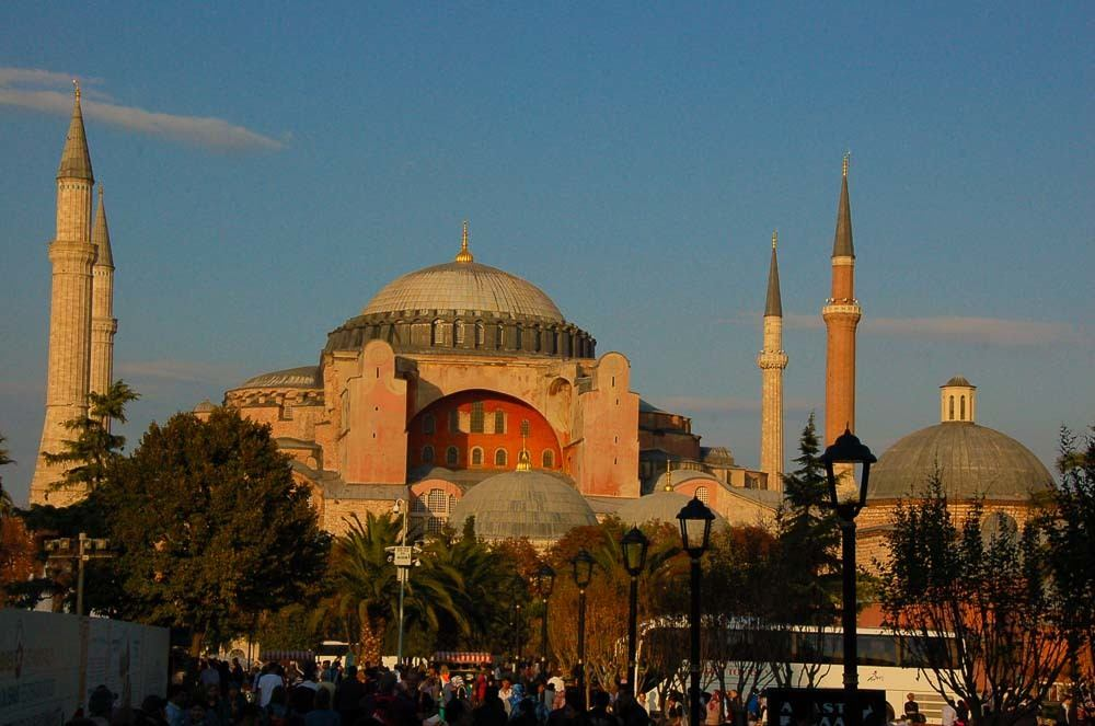 turkey_istanbul_blue-mosque-10