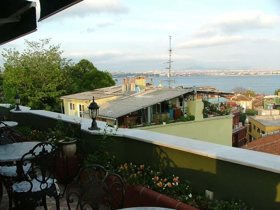 turkey_istanbul_view-from-terrace