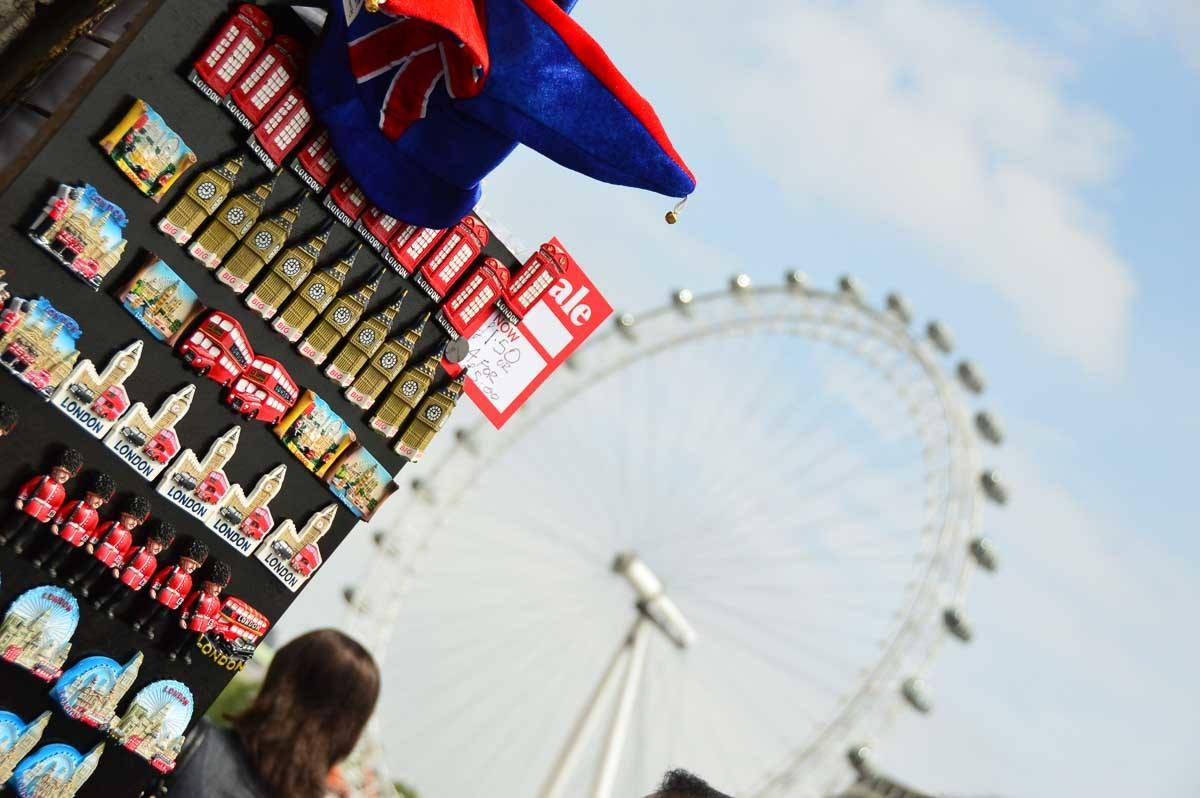 London - souvenirs and the London Eye