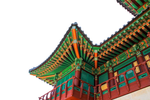 temple roof in korea