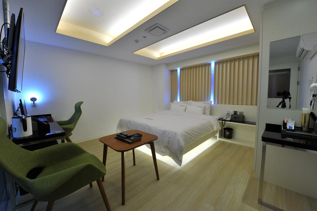 nampo hotel room busan