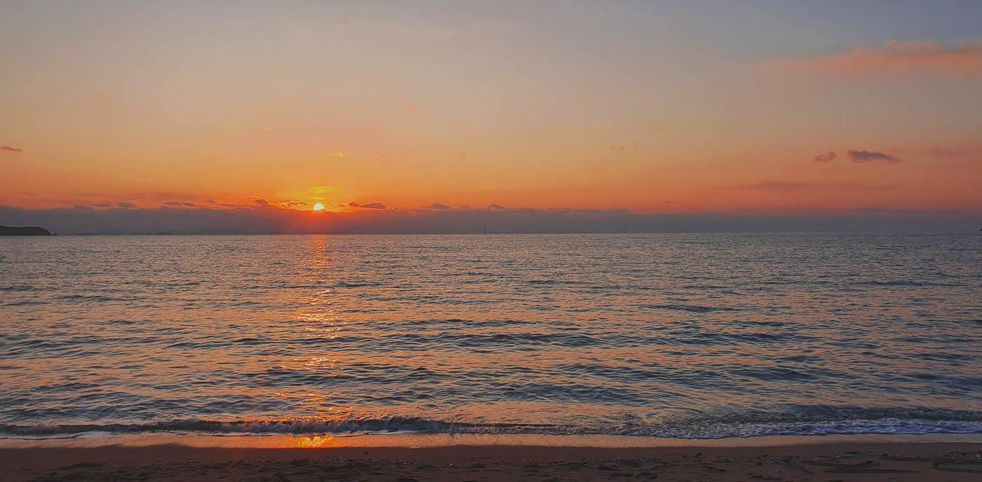 South-Korea_Incheon_sunset-on-sea