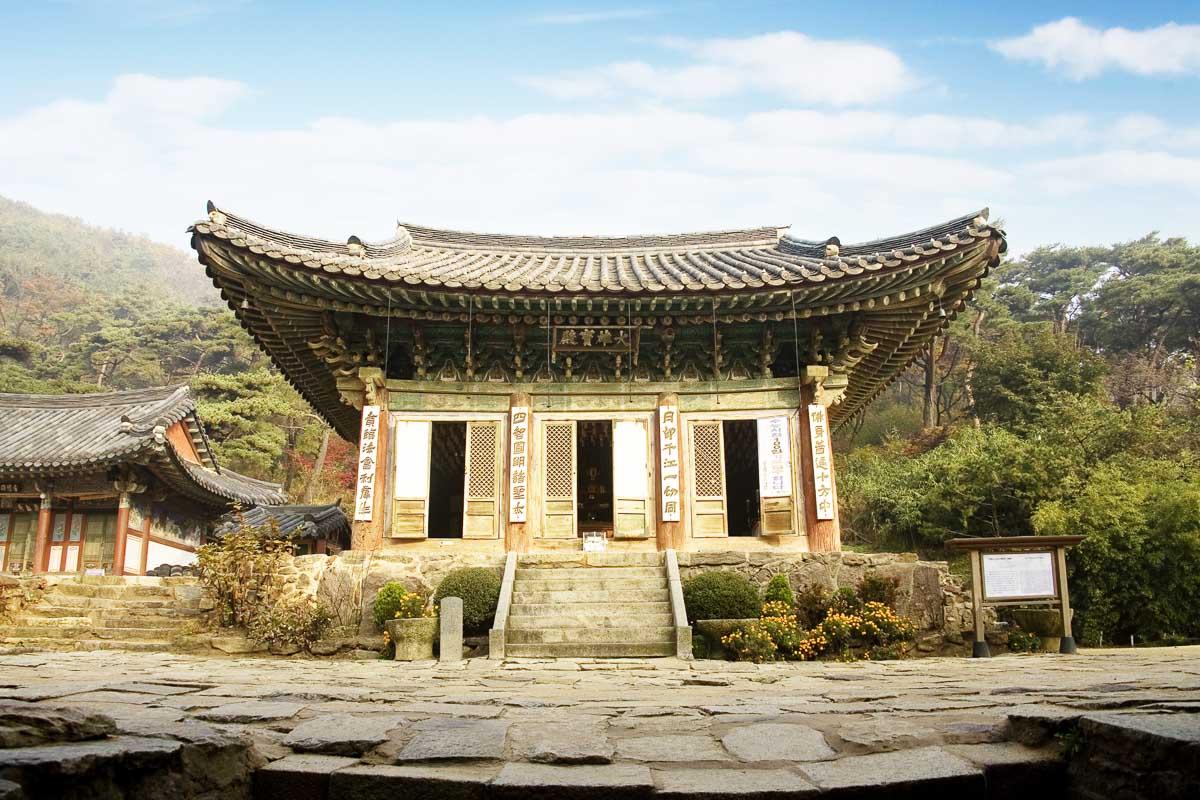 South-Korea_Incheon_temple-3