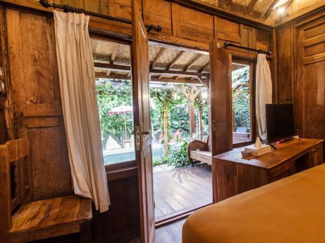 room at bening huts seminyak bali
