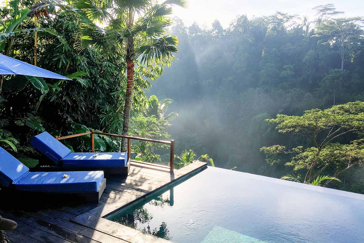 pool and loungers at ubud valley