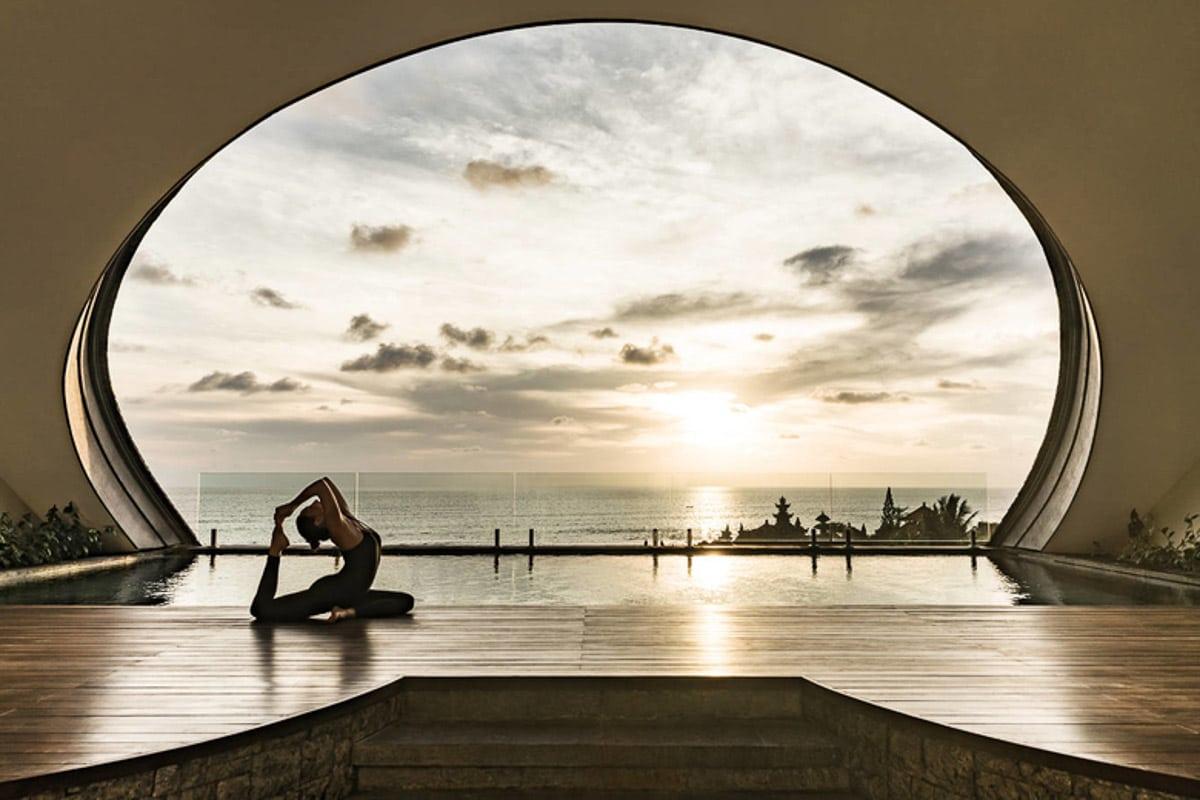 COMO-Uma-Canggu_COMO-Penthouse_Private-Pool-Deck_Yoga