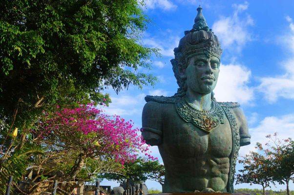 Garuda Wisnu Kencana Statue bali indonesia