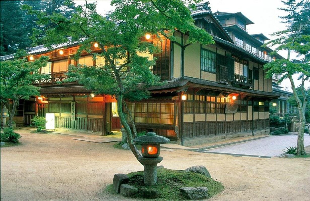 Iwaso Hotel Miyajima island japan